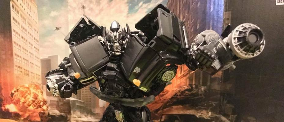 Studio Series Ironhide Revealed and Released in Singapore
