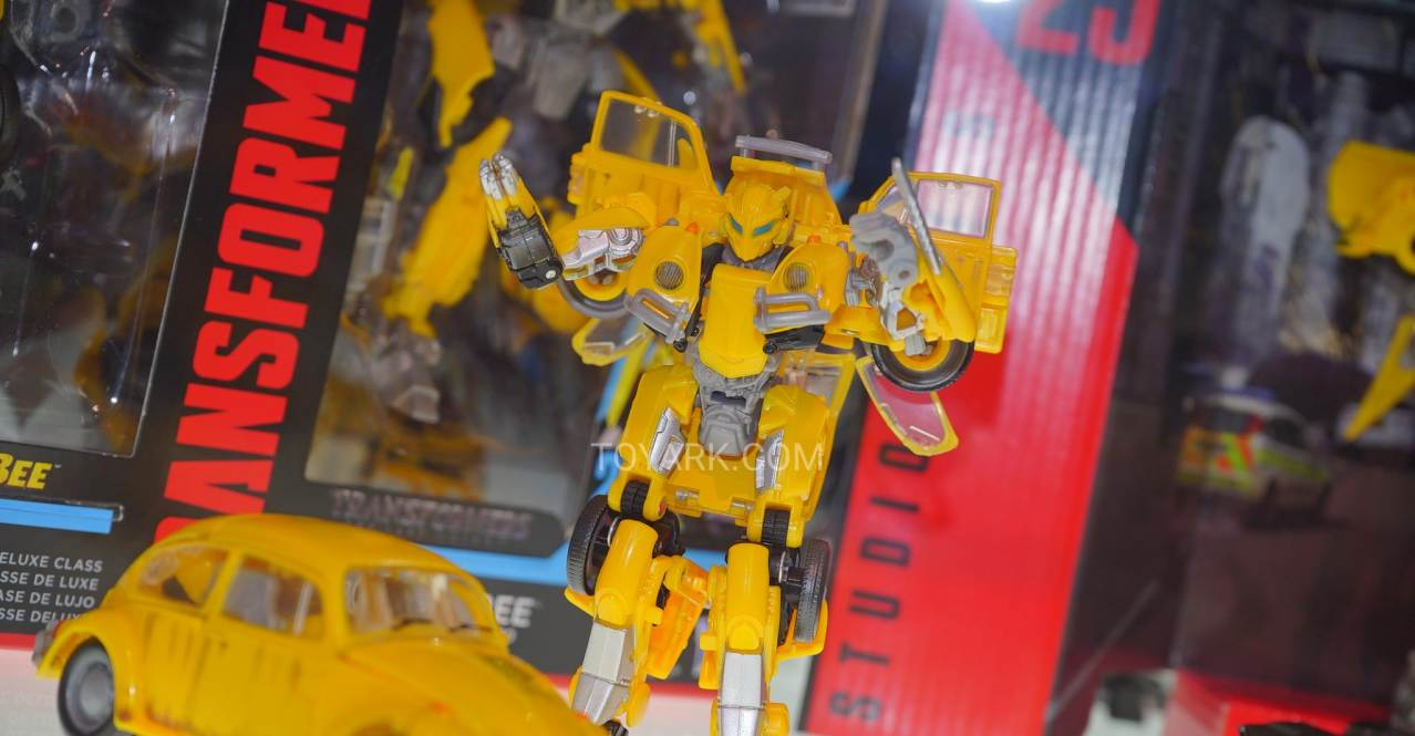 Not Toys For 2018 From Moive : San diego comicon bumblebee the movie toys images