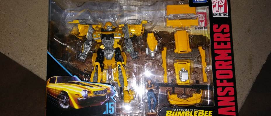 First Look At Studio Series #15 Bumblebee & Charlie Found At Target