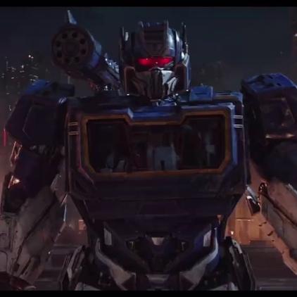 Transformers: Bumblebee Le Film (2018) - Page 13 Transformers-Bumblebee-New-Trailer-Soundwave-Optimus-Prime-Ravage-Shatter-Dropkick-Cybertron