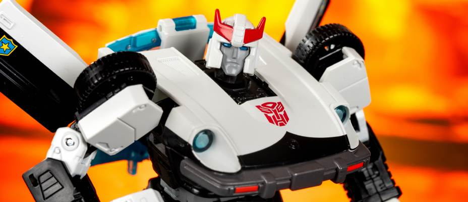 MP-17+ Prowl Anime Colors Gallery