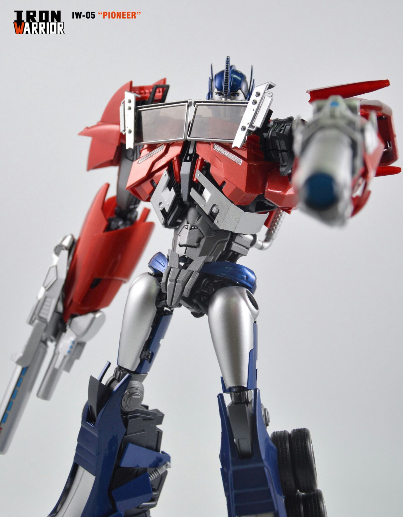 Iron Warrior IW-05 Pioneer (Transformers Prime Optimus ...