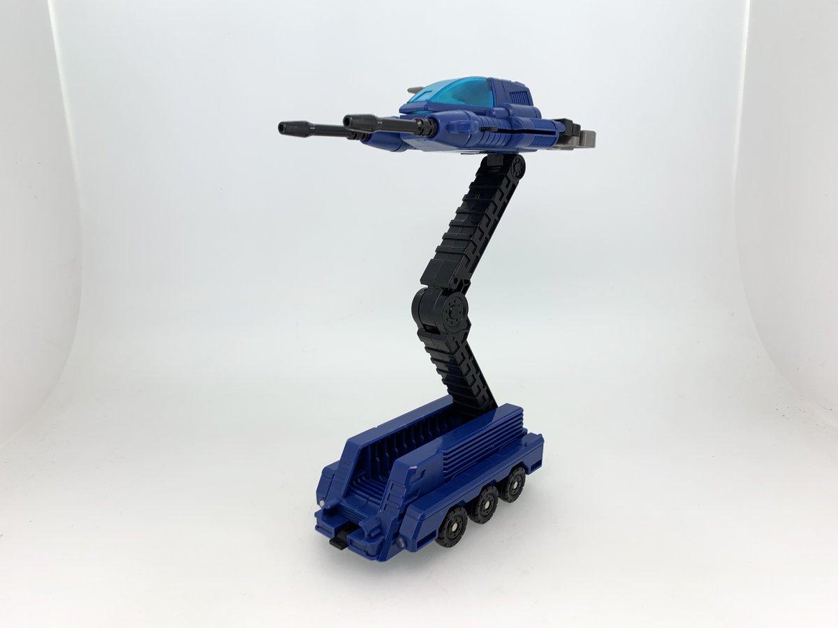 Takara Tomy Masterpiece MP-44 Convoy / Optimus Prime Ver ...