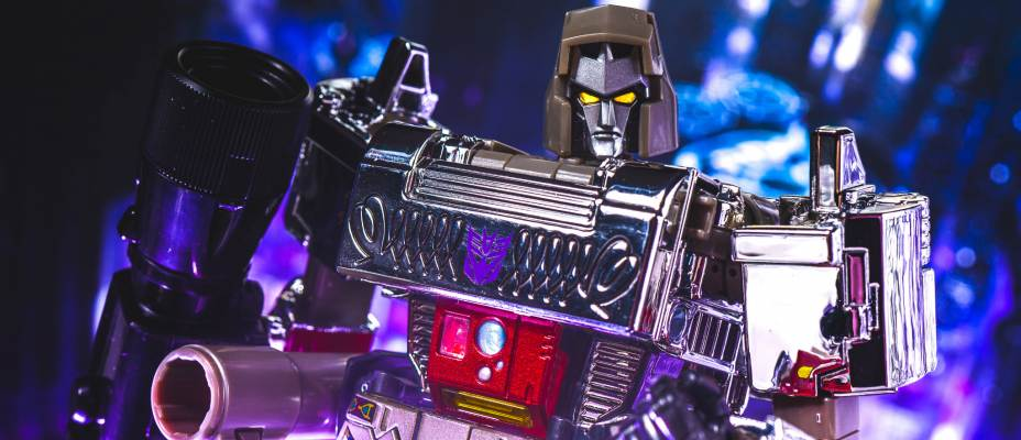 MP-36+ Masterpiece Megatron Photo Gallery
