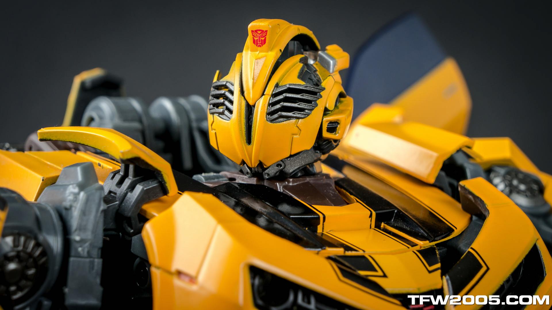 Random Photo Shoot - MPM-2 Bumblebee - Transformers News ...