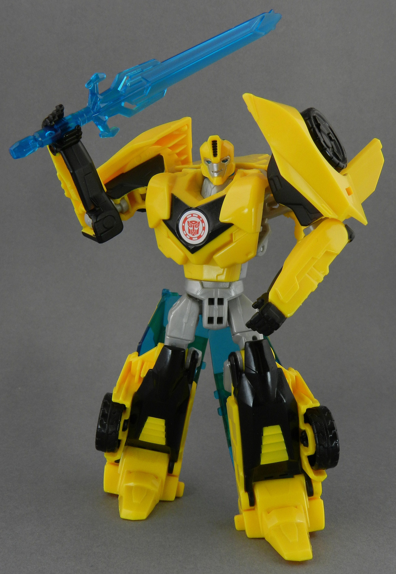 TFW's Robots in Disguise Bumblebee In-Hand Gallery ...