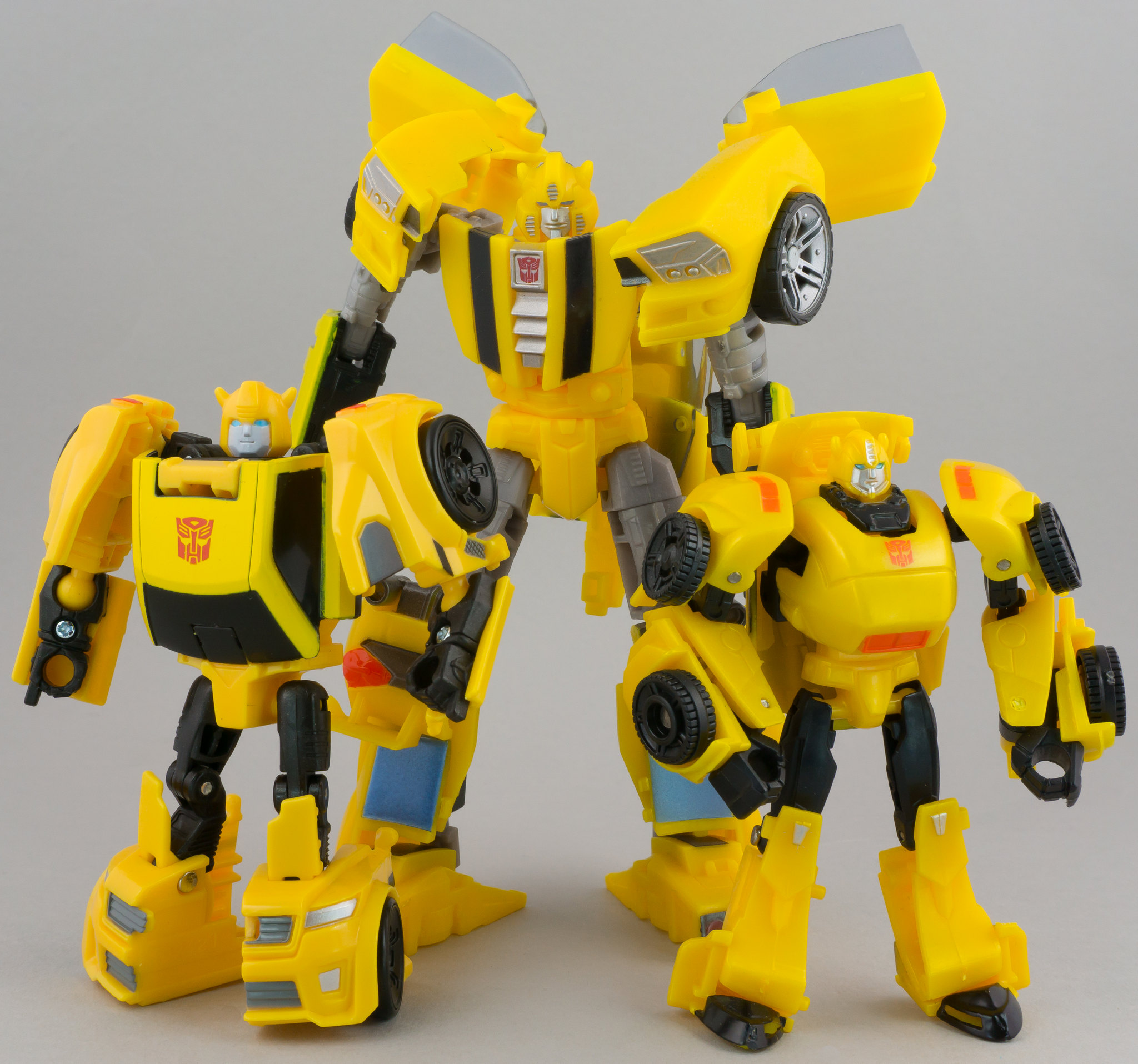 Hasbro Transformers Titans Return Legends Bumblebee Action Figures Robot Car Toy