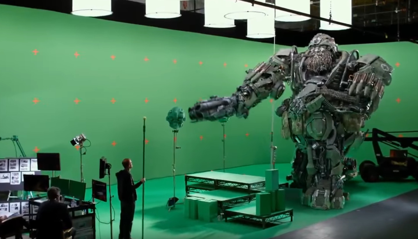 The Last Knight Behind The Scenes Hound Practicing Lines