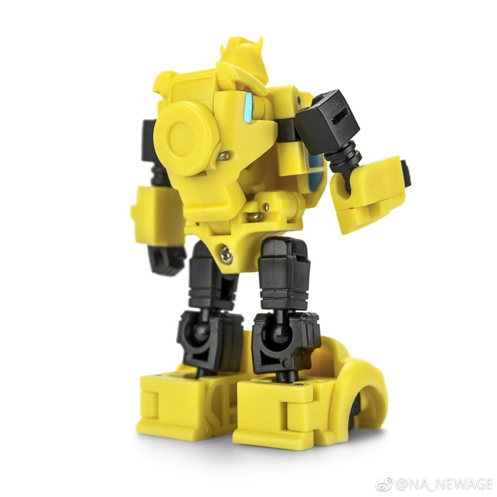 Newage NA H1 Mini Series 6CM Gold Bug Gremlin Robot New