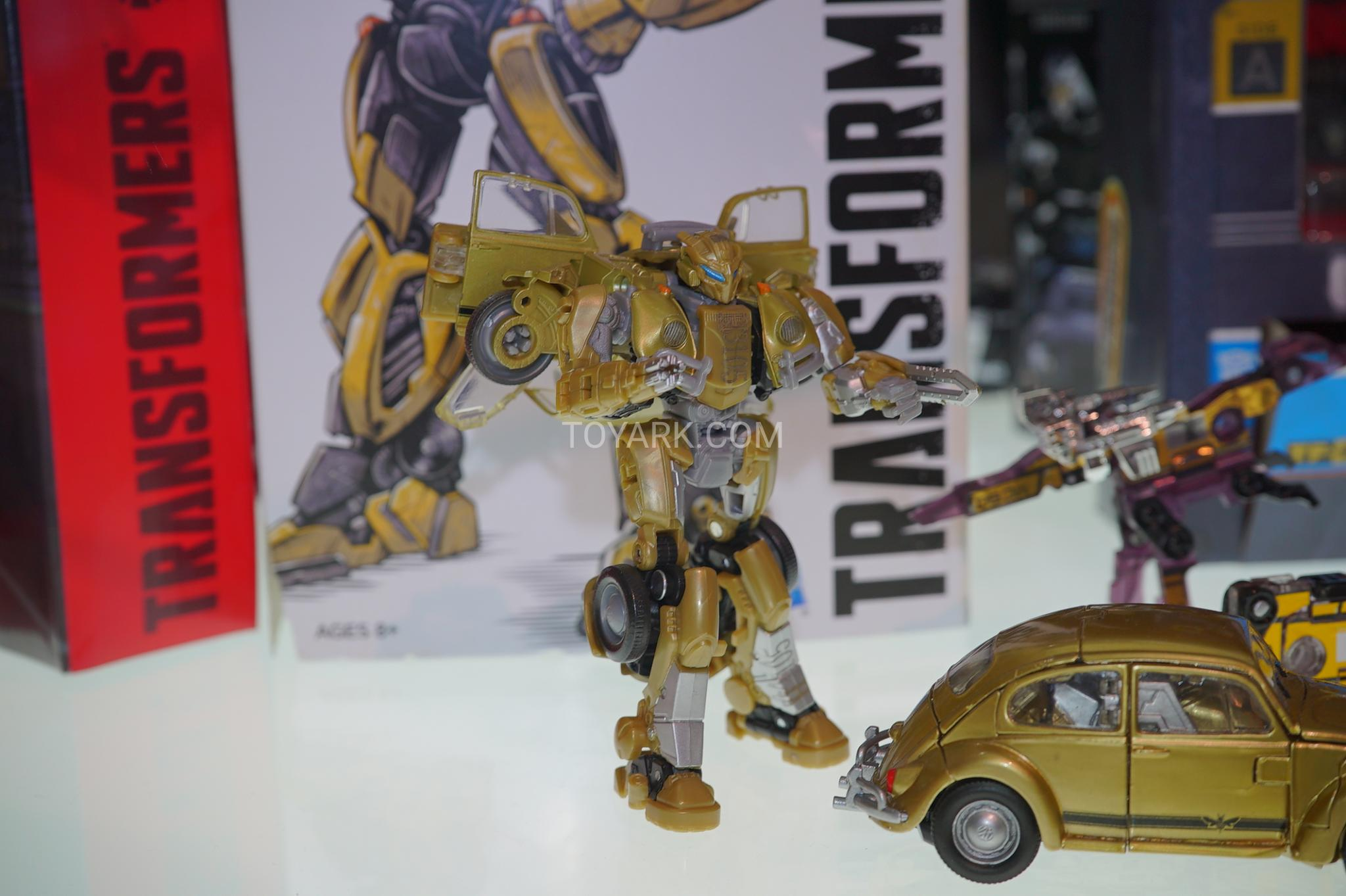 Car Jump Pack >> San Diego Comicon 2018 - Bumblebee The Movie Toys Images