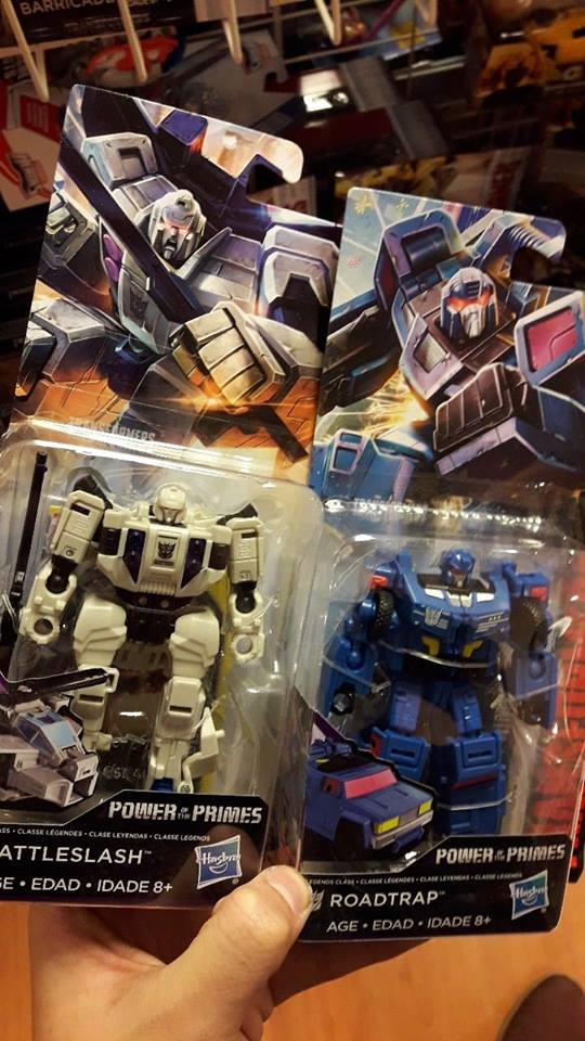 Transformer World 2005 - Transformers News - Page 191 of 3598
