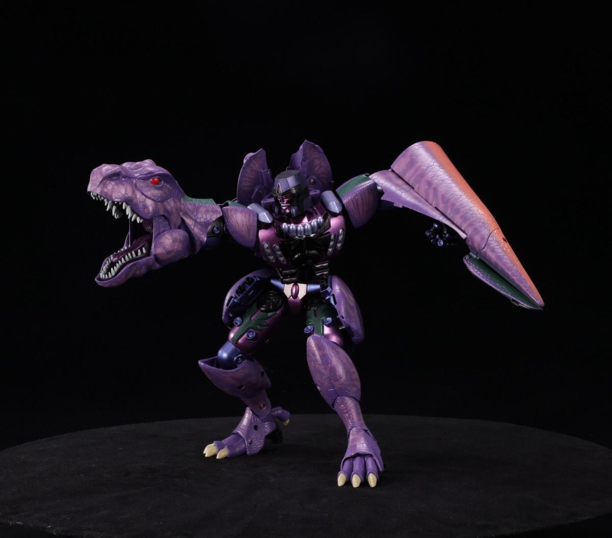 Transformer World 2005 - Transformers News - Page 193 of 3615