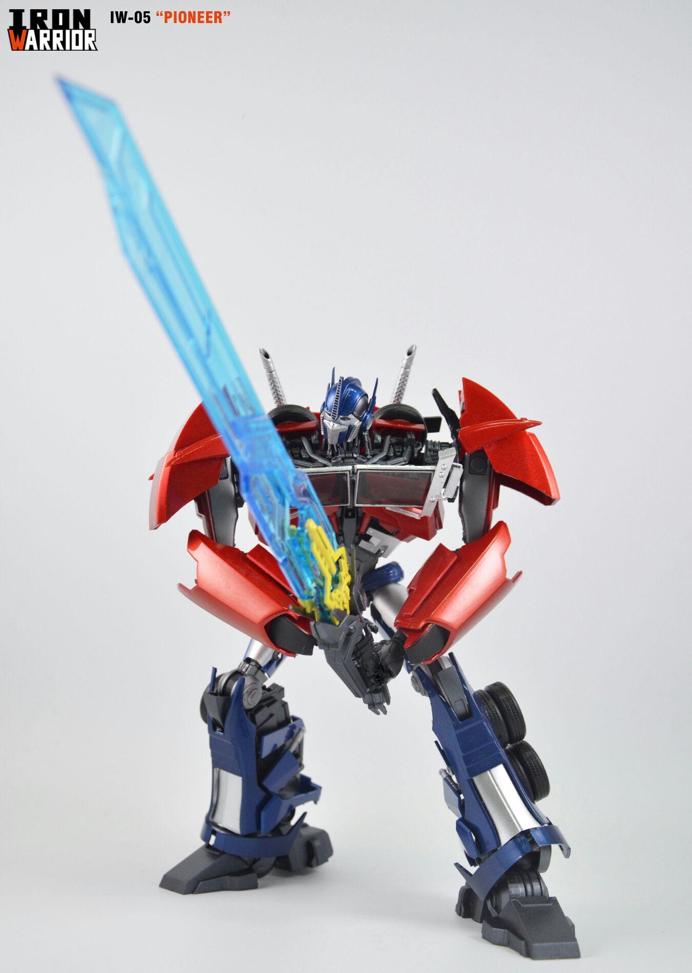 Iron Warrior IW-05 Pioneer (Transformers Prime Optimus ...