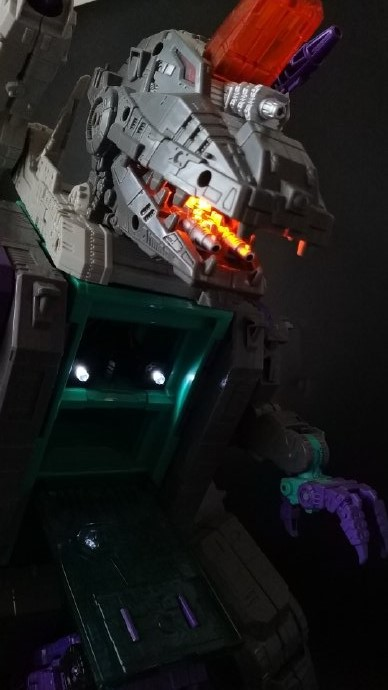 Shockwave Lab SL-43 LED Upgrade kit for Trypticon Titan returns,In stock!
