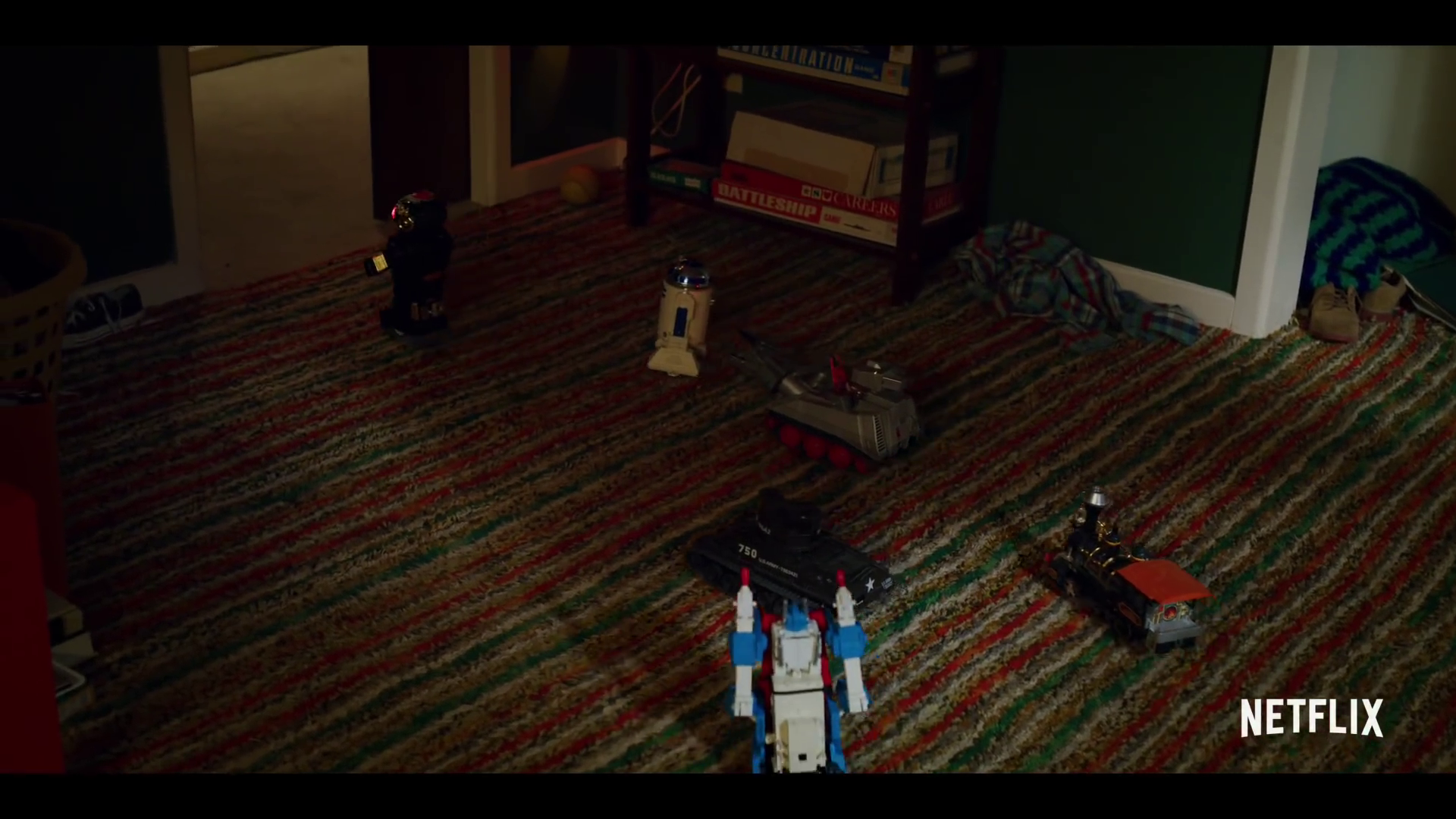 Transformers G1 Ultra Magnus Spotted In Stranger Things Season 3
