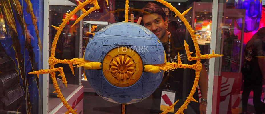 San Diego Comic-Con 2019 Preview Night Hasbro Booth - War for Cybertron UNICRON On Display