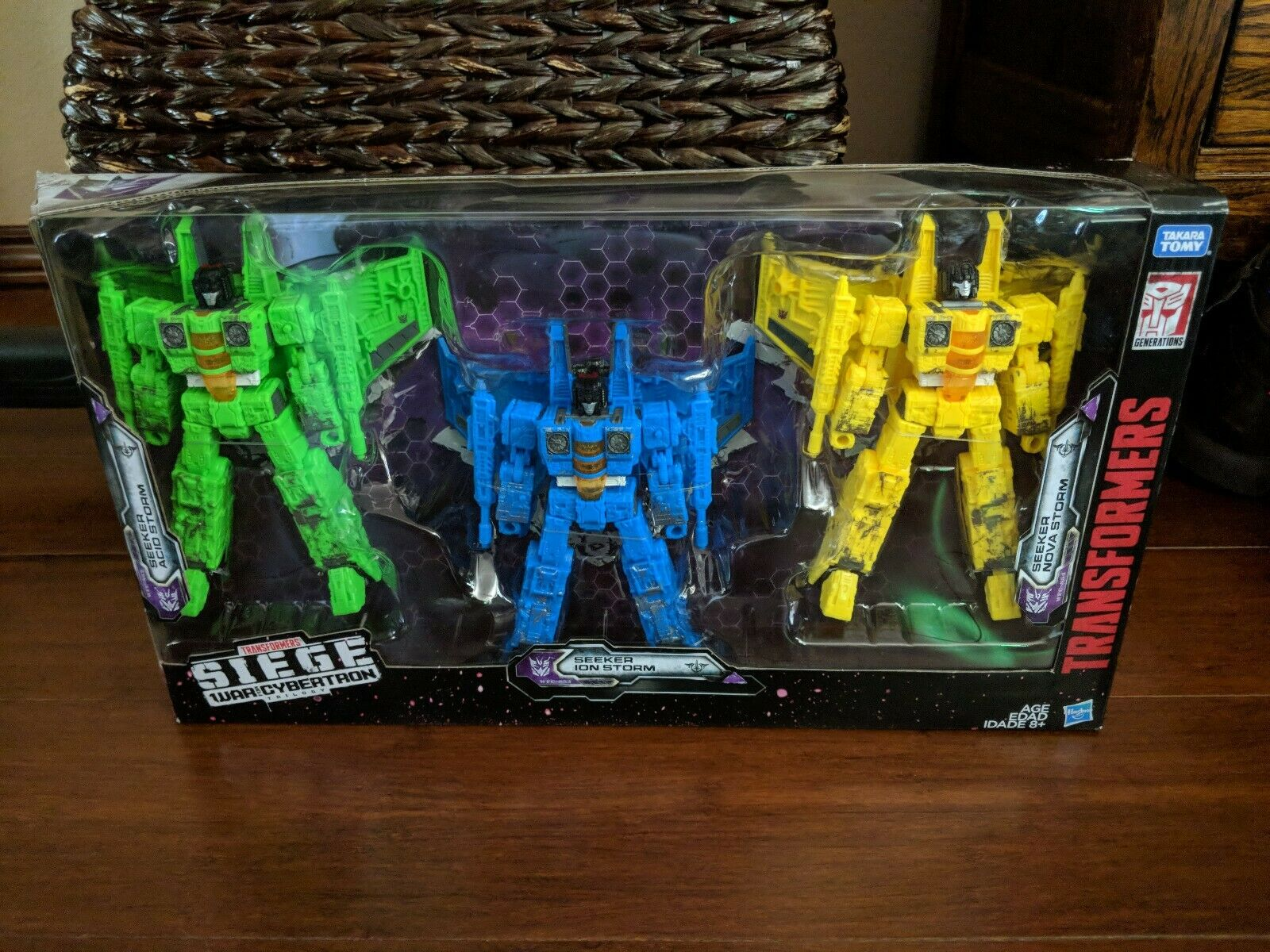 War For Cybertron Siege Rainmakers: Acid Storm, Ion Storm