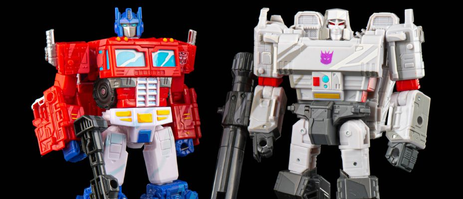Transformers War for Cybertron Siege 35th Cell Shaded Optimus Prime and Megatron Galleries