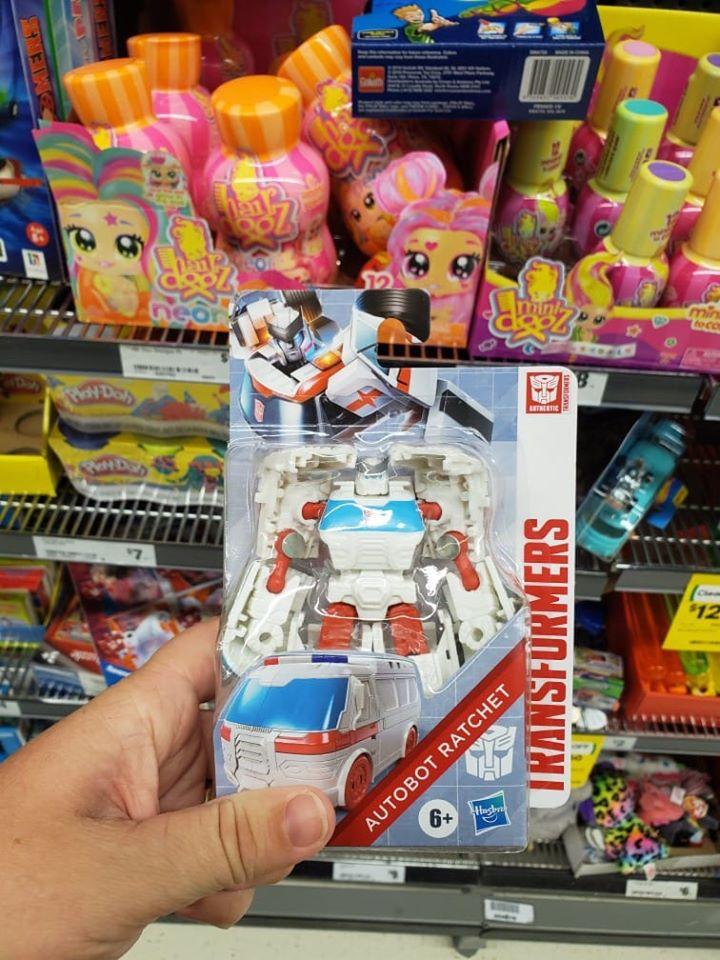 "Autobot Ratchet Authentics Transformer 4/"""