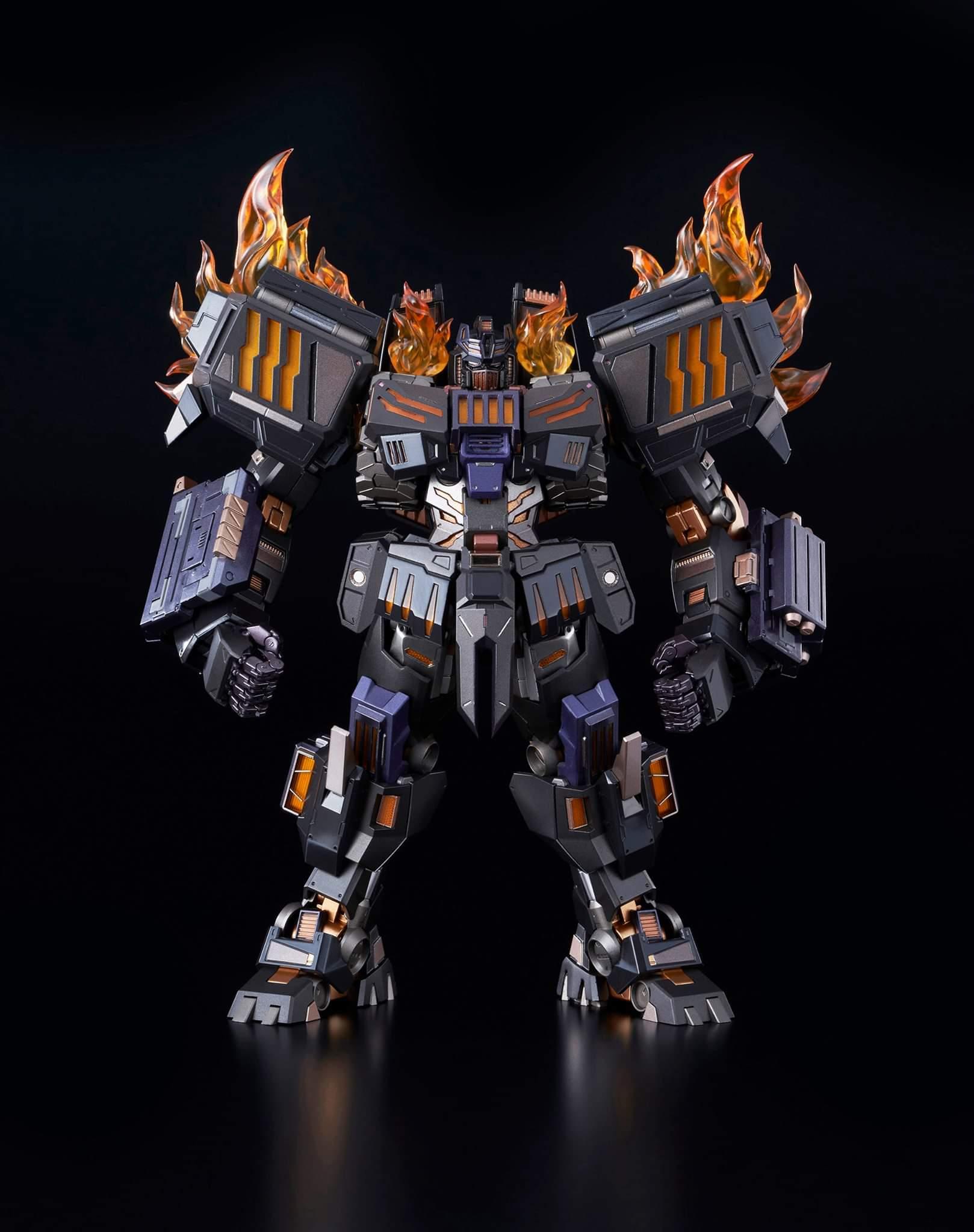 Flame-Toys-Kuro-Kara-Kuri-The-Fallen03.j