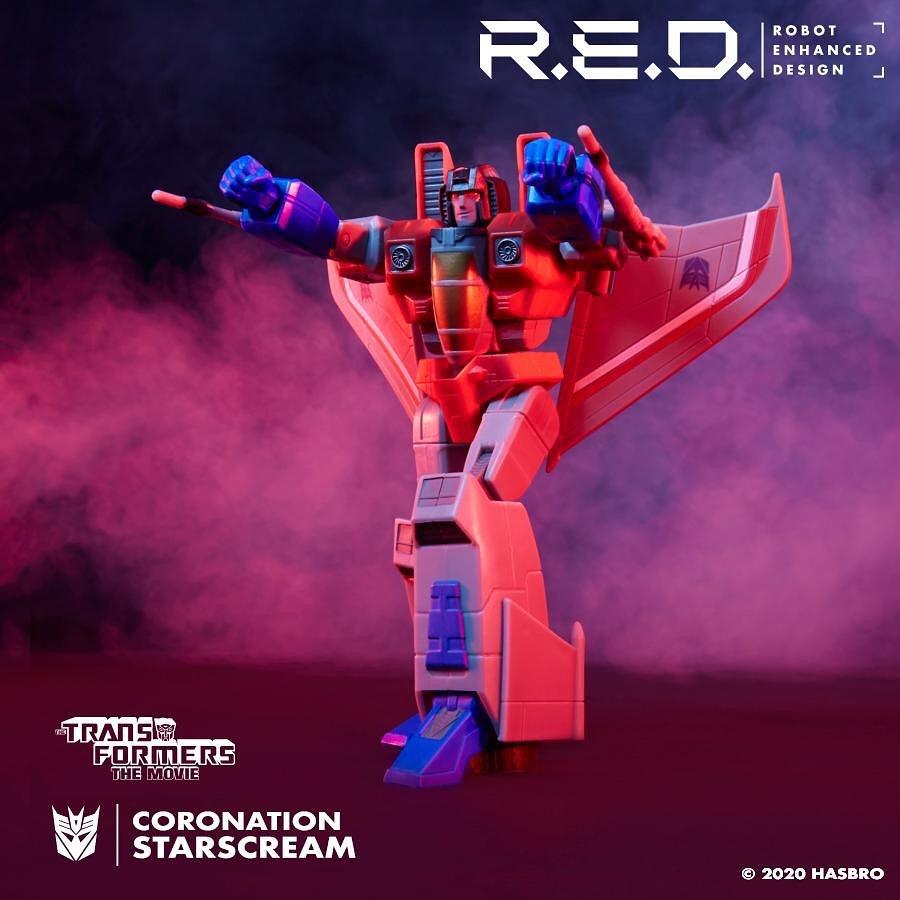 Figurines Transformers G1 (articulé, non transformable) ― Par ThreeZero, R.E.D, Super7, Toys Alliance, etc - Page 7 RED-G1-Starscream02